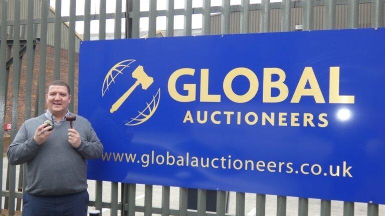Global Auctioneers' Managing Director Marcel Duffy
